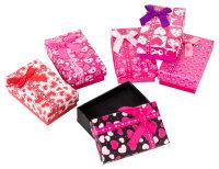 24x Geschenkboxen mit Herzen und Schleife - 5x8x2,8 cm