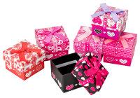 24x Geschenkboxen mit Herzen und Schleife - 5x5x4 cm